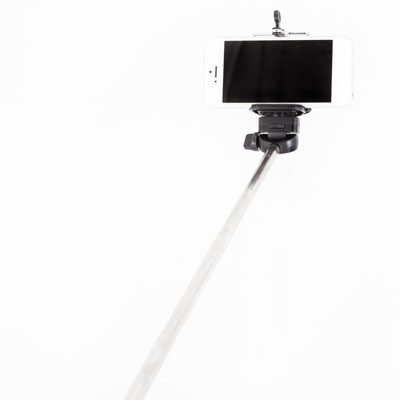 Arnotts-Red5-Selfie-Stick-E9-(2)