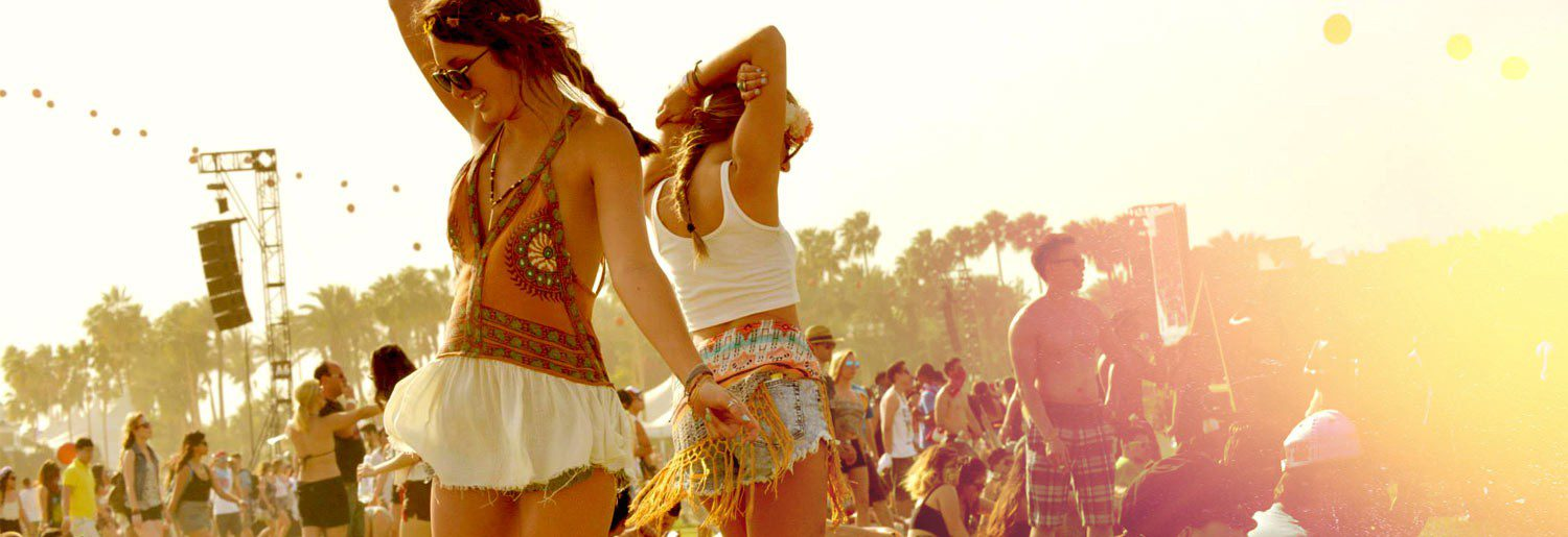 Festival Clothes – What To Wear For The Festival Season?