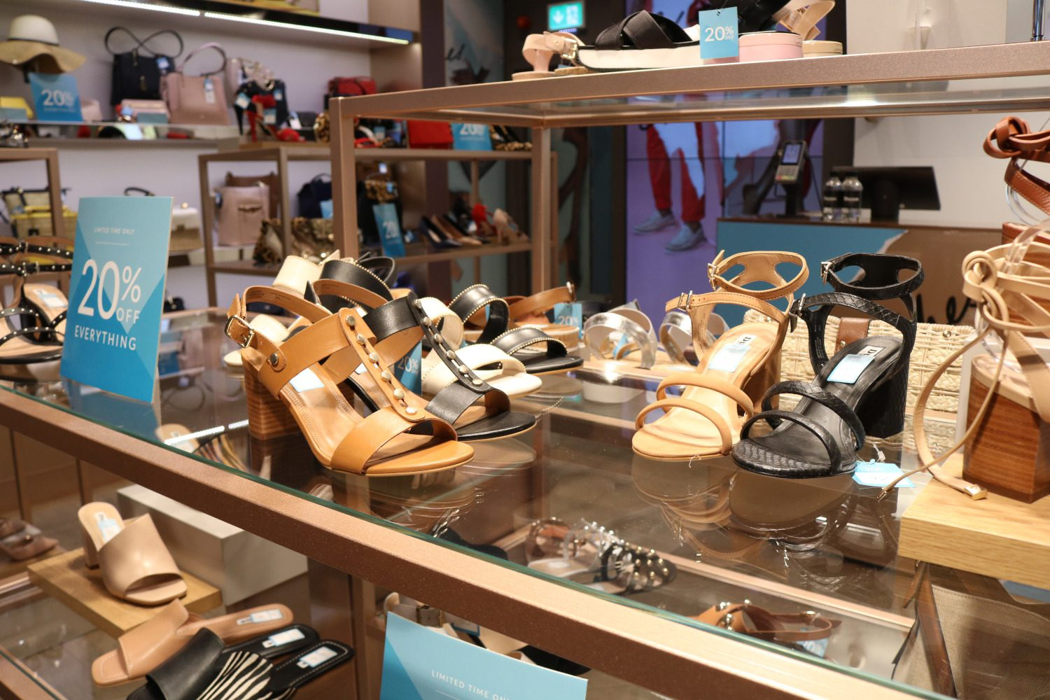 hoard as a rare commodity new lower prices dirt cheap Dune London Grafton Street Hold 20% Discount | DublinTown ...