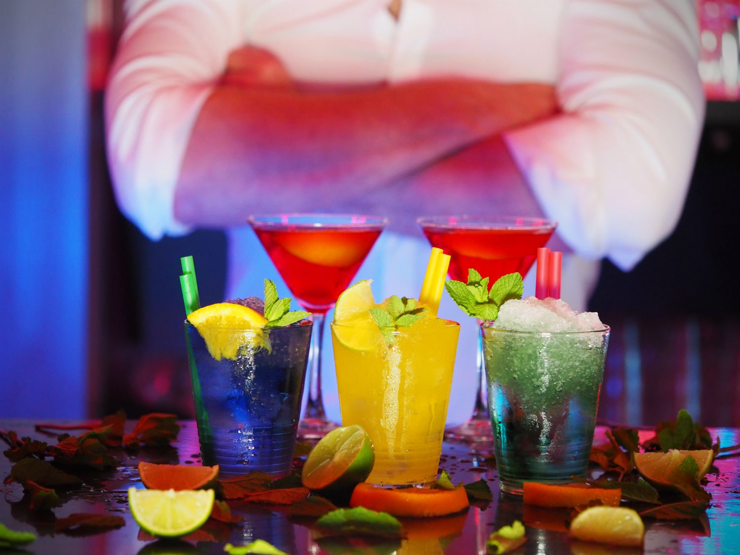 The 10 Best Cocktail Spots For The Ultimate Girls Outing