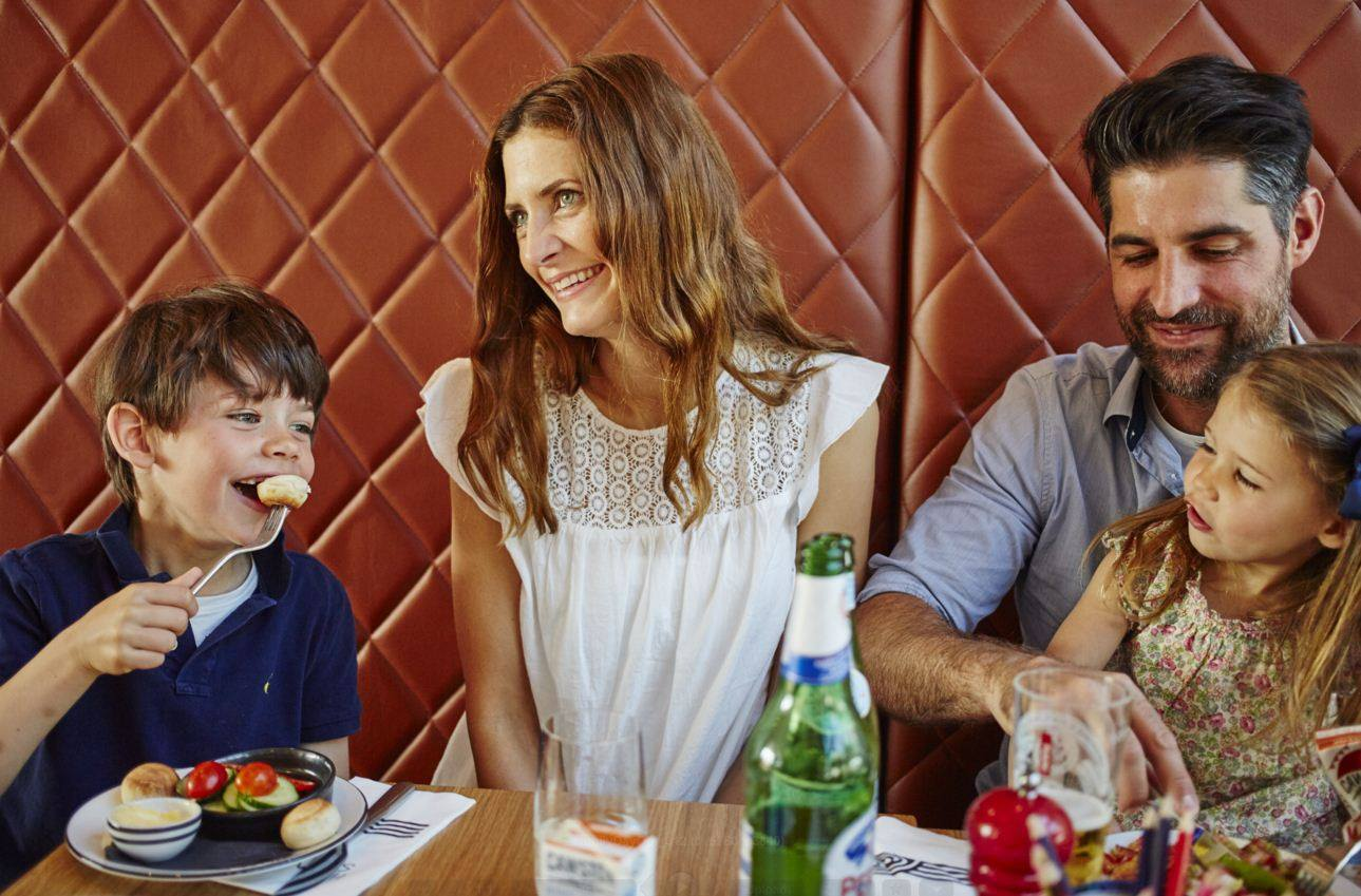 Great Places To Eat With Kids In Town