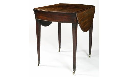 Early 19th Century Regency Mahogany Pembroke Table