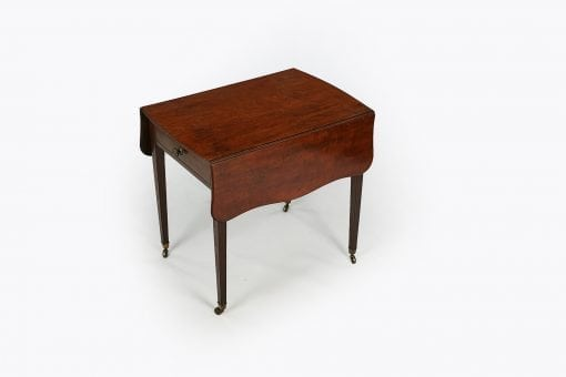 10226 - Early 19th Century George III Mahogany Butterfly Pembroke Table