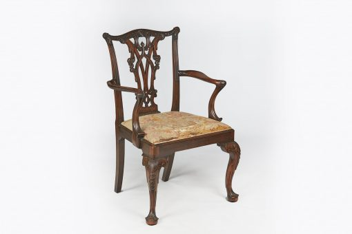 10304 - 18th Century Mahogany Carver after Thomas Chippendale