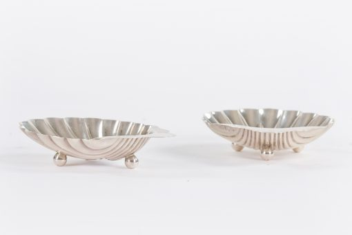 10499 - 19th Century Pair of Victorian Silver Butter Dishes