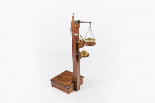 10532 - Early 19th Century Regency Weighing Scales