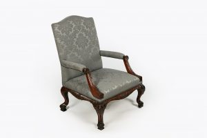 10118 – 18th Century Gainsborough Armchair after Chippendale