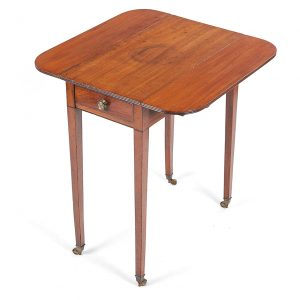Early 19th Century George III Mahogany Drop Leaf Pembroke Table